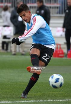 ae47696ded D.C. United midfielder Yamil Asad (22) warms up before a MLS soccer match  between