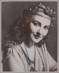 Maria Callas en Norma - 1949 Arnaldo Colombraroli:Teatro Colon de Buenos Aires, 1949