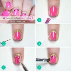 Uñas de sandía:   16 Diseños de uña que querrás probar ya mismo