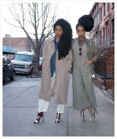 These Twin Sisters Could Teach A Master Class In Style‏ Short Girl Fashion, Fashion Now, Star Fashion, Wonder Twins, Tk Wonder, Quann Sisters, Curvy Street Style, Edgy Outfits, Cute Outfits