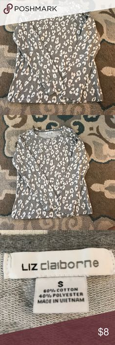 Woman's size small Thermal Lis Claiborne woman's thermal style top size small in a gray and white leopard print. Liz Claiborne Tops Tees - Long Sleeve