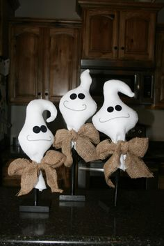This trio of ghostswas so  fun  to create! {Maybe because my little ones were EXTRA involved in the process... whichalwaysmakes for anad...