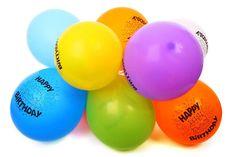 Allegri, versatili ed economici, i palloncini sono l'ornamento ideale per una festa. Ecco 10 decorazioni fai da te per decorare la casa in grande stile!