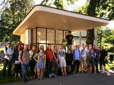 Vegaaninen lippakioski on avattu by Jänö,  takana on osuuskunta, jonka voimin lippakioskia pyöritetään. Takana, Helsinki, Finland, City, Outdoor Decor, Home Decor, Decoration Home, Room Decor, Cities