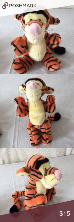 """Boyds bear Disney Winnie the Pooh """"Tigger"""" plush Disney's Tigger of Winnie the Pooh collection made by Boyds Bear collection  Poseable, Bendable legs & arms move up/down excellent condition  from smoke free and pet free home measures 15 inches boyd bear Other"""