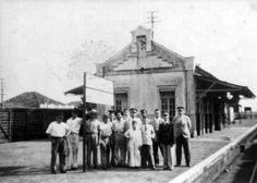 A antiga estação, em fotografia feita entre os anos 1940 e 1950.
