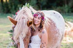 Blumen, Federn, ein Pferd & Inja - ein bisschen Boho & Indian Style