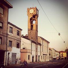 Il Many, Natio borgo selvaggio (Taken at Novi di Modena)  [edit] purtroppo è crollata (qui)