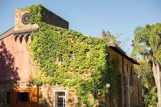me-diga-onde-moras Toscana, Countryside, Arch, Container, Backyard, Outdoor Structures, Garden, Diy, Cities