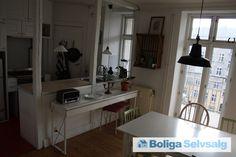 Poppelgade 5, 4. th., 2200 København N - 2V med stor altan og åbent køkken - lige ved Sankt Hans Torv. #ejerlejlighed #ejerbolig #kbh #københavn #nørrebro #selvsalg #boligsalg #boligdk