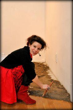 Nemeth Hajnal Aurora: I must pose the sand, so I played with it, like in my childhood:)/ Szóval a csomó homoknak valahogy irányba kellett állni, így visszanyúltam gyerekkorom tapasztalataihoz...POMPEI 2.0 Hogyan készült/How was it made...