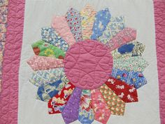 dresden quilt...I have the plates ready from my mother's childhood clothes... now I need to put them together.