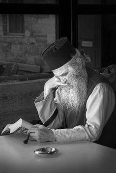 καλόγερος, Άγιον Όρος - monk, Mount Athos, Greece Places, People, Art, Nun, Craft Art, Lugares, Kunst, Folk, Art Education