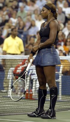 Serena Williams, US Open I don't actually hate the denim tennis skirt, but the overall effect is way too butch. Serena Williams Photos, Serena Williams Tennis, Venus And Serena Williams, Athletic Models, Athletic Women, Black Superwoman, Serena Tennis, Hottest Female Celebrities, Black Celebrities