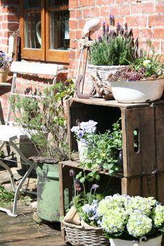 pin von immi auf garten pinterest garden shabby chic und garden design. Black Bedroom Furniture Sets. Home Design Ideas