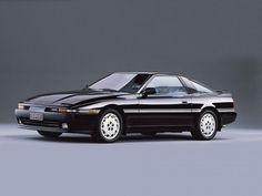В 1986 г. Mark III стал называться Toyota Supra и вышел из тени Celica, отбросив приставку и открыто несамостоятельную, навязанную ею стилистику. Новая Supra 2 2 сохранила задний