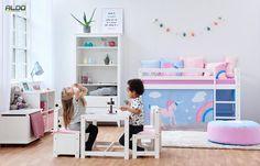 Dětský pokoj pro slečny s motivem jednorožce Winter Wonderland, Office Desk, Toddler Bed, Kids Rugs, Colours, Loft, Furniture, Design, Home Decor