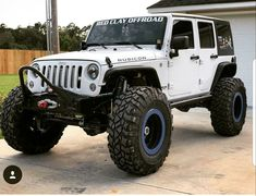 Save by Hermie White Jeep Wrangler Unlimited, Jeep Wrangler Lifted, Jeep Jku, Jeep Rubicon, Jeep Wranglers, Lifted Ford Trucks, Jeep Truck, Lifted Jeeps, Badass Jeep