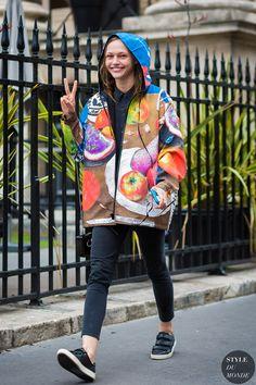 Sasha Pivovarova Street Style Street Fashion Streetsnaps by STYLEDUMONDE Street Style Fashion Photography