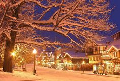 Winter Beauty:  Leavenworth, Washington - Did just a girls trip up there and it was gorgeous :) So doing every year but want to stay for two days (one overnight) to have the whole experience. Try to do it during the weekend even though it may be busier due to more activities.
