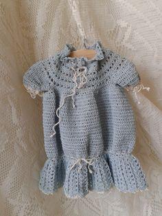 Een gehaakt jurkje....................  Nelleke Verkouter