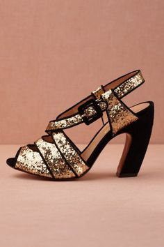 Complete your wedding day look with a pair of classic bridal shoes. BHLDN offers wedding heels that are as beautiful as they are comfortable, no matter your venue. Shop wedding shoes for the bride now! Dream Shoes, Crazy Shoes, Me Too Shoes, Moda Fashion, Fashion Shoes, Shoe Boots, Shoes Heels, Gold Shoes, Shoe Shop