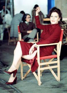 Ava Gardner on the set of The Cassandra Crossing, 1976 Old Hollywood Stars, Hollywood Icons, Classic Hollywood, Hollywood Cinema, Ava Gardner Photos, Ava Gardener, Night Of The Iguana, The Sun Also Rises, Beautiful Actresses