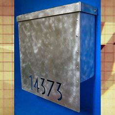 Effigy of Mid Century Modern Mailbox: Design and Color Options