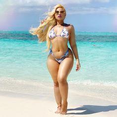 Pussy is sweeter than honey and more valuable than money! Thighs Women, Women Legs, Hot Bikini, Bikini Girls, Bikini Body Motivation, Instagram Fitness, Blond, Brazilian Girls, Sexy Curves