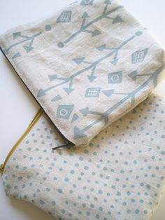 Dots on Linen, Hand Printed Linen,Zipper Pouch.