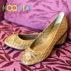 Que sua semana seja confortável! #koquini #sapatilhas #euquero #raphaellabooz http://koqu.in/1lrMbSa