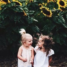 adorable little girls. everyone blonde needs a brunette best friend Little People, Little Ones, Little Girls, Cute Kids, Cute Babies, Pretty Kids, Funny Babies, Baby Kind, Baby Fever