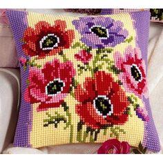 VERVACO YASTIK 1200.946 Cross Stitch Kitchen, Cross Stitch Rose, Counted Cross Stitch Kits, Embroidery Stitches, Cross Stitch Patterns, Free Pattern, Diy And Crafts, Cushions, Throw Pillows