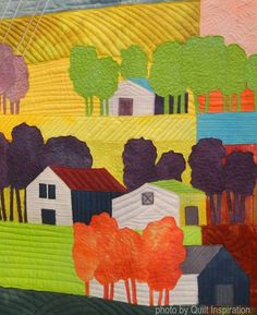 Summer Storm by Peg Collins (Alamosa, Colorado).  2016 AQS QuiltWeek.  Photo by Quilt Inspiration.