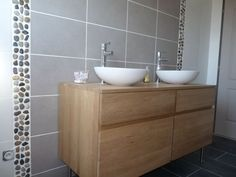 Salle de bain on pinterest balinese bathroom zen and bathroom for Galet salle de bain vernis