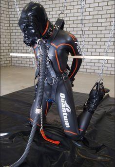 Gay Rubber Slave Pics 8