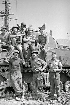 New Zealand Tank Crew at Cassino, 18 may, 1944