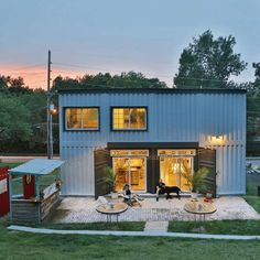 ST. CHARLES SHIPPING CONTAINER HOME