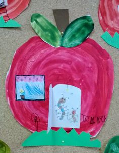 Let the idea go around ! Classroom Art Projects, Art Classroom, Projects For Kids, Crafts For Kids, Arts And Crafts, Apple Home, Pre Kindergarten, Autumn Art, Nicu