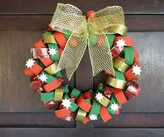 Christmas crafts for kids – 15 toilet paper roll ideas christmas wreath from reused toilet paper rolls decorating ideas Christmas Toilet Paper, Christmas Arts And Crafts, Xmas Crafts, Christmas Ornaments, Paper Towel Crafts, Toilet Paper Roll Crafts, Xmas Wreaths, Christmas Templates, Diy Weihnachten