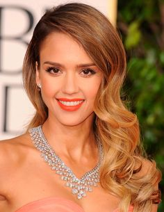 61 trendy wedding hairstyles for long hair waves jessica alba Wedding Hairstyles For Long Hair, Vintage Hairstyles, Party Hairstyles, 2014 Hairstyles, Hairstyles Pictures, Beautiful Hairstyles, Formal Hairstyles, Long Hair Waves, Wavy Hair