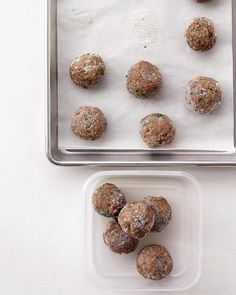 Light Turkey Meatballs - pair with whole wheat spaghetti for a delicious dinner!