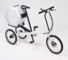The Vienna Bike is an electrically assisted tricycle that rides with the feeling of a two-wheeler through its innovative steering and unique suspension system. This allows the bike to tilt easily to the right or left while riding it. Electric Tricycle, Folding Electric Bike, Velo Design, Bicycle Design, Adult Tricycle, Pro Bike, Touring Bike, Bike Frame, Vienna