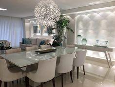Living e jantar integrados by Arq Top Studio. Destaque para a iluminação que deixou o ambiente ainda mais bonito e sofisticado! Amei  @_decor4home
