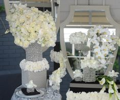 Old Hollywood Glamour Theme Wedding Ideas #hollywoodglamideas #hollywoodglamdecor