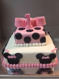 Minnie Mouse Cake on CakeCentral.com