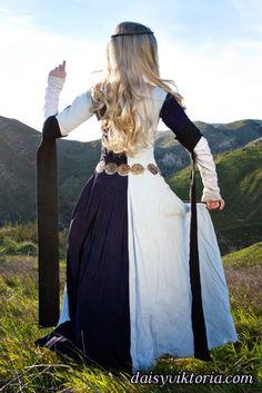 » Blue Parti-Colored Cotehardie Faerie Queen Costuming