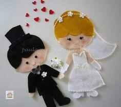 NOVIOS Felt Diy, Felt Crafts, Paper Crafts, Felt Ornaments, Christmas Ornaments, Wedding Doll, Cute Pins, Pretty Dolls, Christmas Crafts For Kids