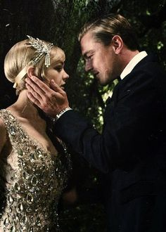 i cant wait for the movie Gatsby I chose this because it shows how Gatsby wants Daisy O Grande Gatsby, Jay Gatsby, Gatsby Style, The Great Gatsby Movie, Great Movies, Gatsby Costume, Flapper Headband, Roaring Twenties, Moving Pictures