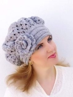 Crochet Beret Warm Hat has never been so Surprisingly Cute! Since the beginning of the year many girls were looking for our Affordable guide and it is finally got released. Now It Is Time To Take Action! Crochet Cap, Hand Crochet, Hand Knitting, Knitting Patterns, Crochet Patterns, Crochet Beret Pattern, Knitting Ideas, Knitted Beret, Crochet Flowers